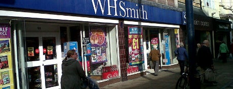 WHSmith is one of Orte, die Carl gefallen.