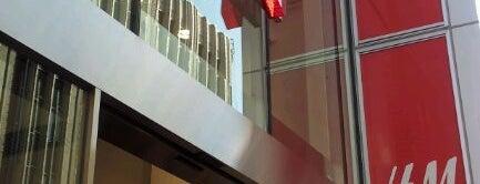 H&M is one of Chatrine : понравившиеся места.