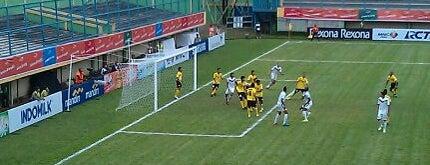 Stadion Lebak Bulus is one of Posti che sono piaciuti a Arie.