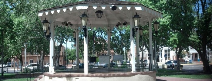 Old Town Gazebo is one of Posti che sono piaciuti a Andrew.
