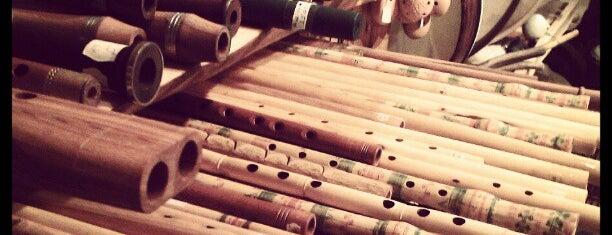 Ethnosound / Afrosound hangszerbolt is one of Gespeicherte Orte von Németh.