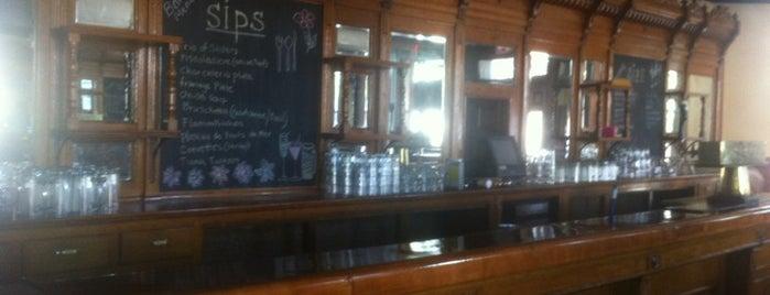 Sips Bistro and Bar is one of Samantha : понравившиеся места.