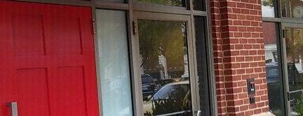 The Red Door Salon & Spa is one of สถานที่ที่บันทึกไว้ของ Tasha.