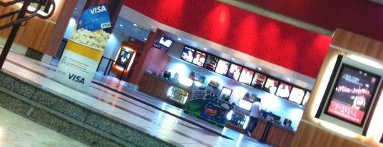 Cinemark is one of de namorandinho....
