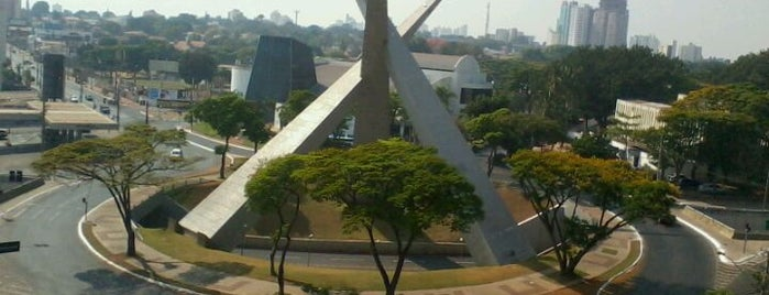 Viaduto Latif Sebba is one of Goiania's Best Spots.