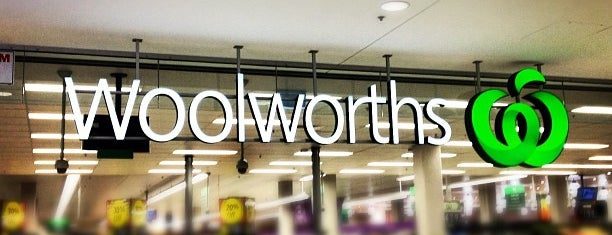 Woolworths is one of Wayne 님이 좋아한 장소.