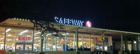 Safeway is one of Locais curtidos por Xin.