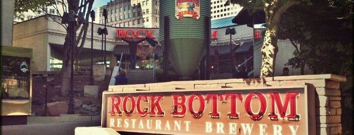 Rock Bottom Restaurant & Brewery is one of 2012 MLA Seattle.