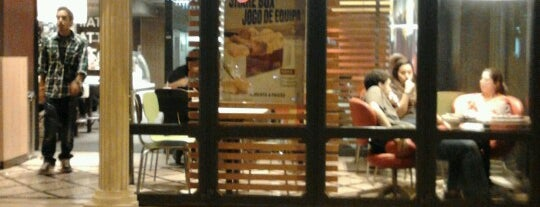 McDonald's is one of Restaurante2.
