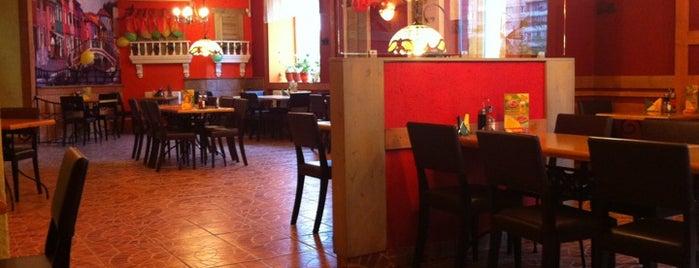 Pizza Ollis is one of Posti che sono piaciuti a Rptr.