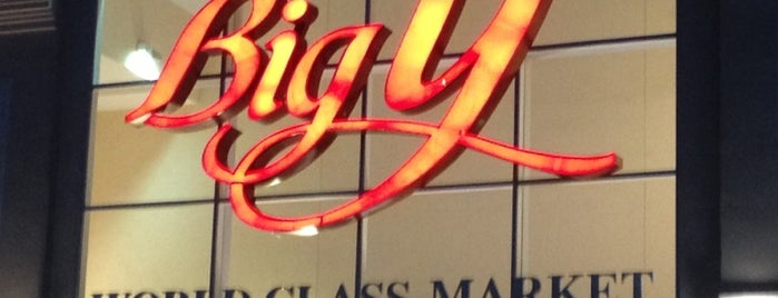 Big Y World Class Market is one of Lindsaye'nin Beğendiği Mekanlar.