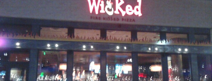Wicked Restaurant and Wine Bar is one of Writing Nooks.