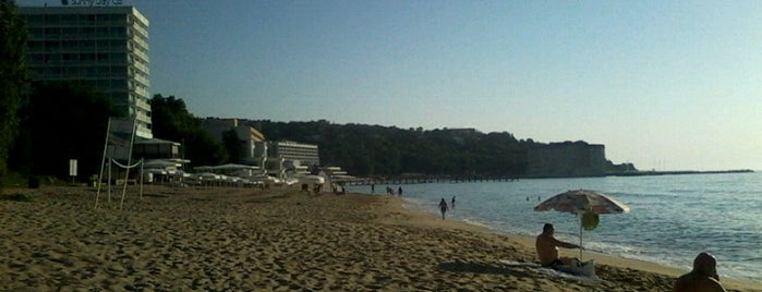 Sunny Day Beach is one of Varna's best.