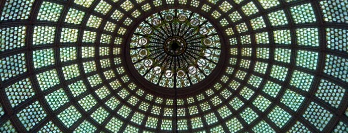 Chicago Cultural Center is one of Tempat yang Disimpan Nikkia J.
