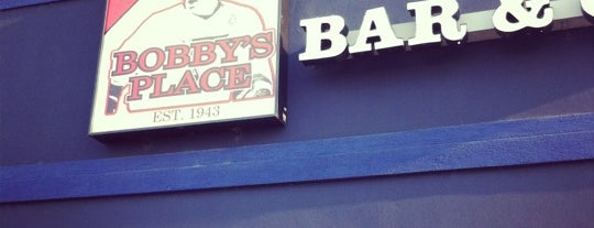 Bobby's Place Valley Park is one of JULIEさんの保存済みスポット.
