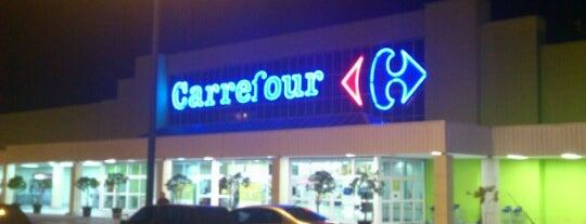 Carrefour is one of Mercados.