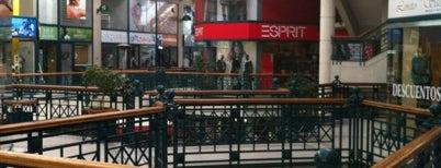 Mall Plaza Reñaca is one of Centros Comerciales de Chile.