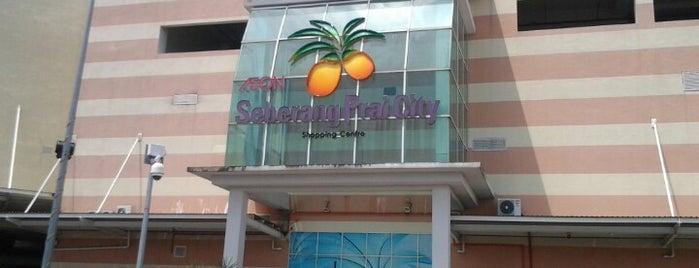 Perda City Mall is one of Lugares favoritos de Chuah.