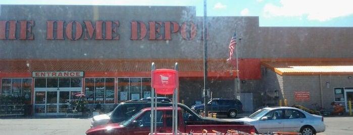 The Home Depot is one of Caryn'ın Beğendiği Mekanlar.