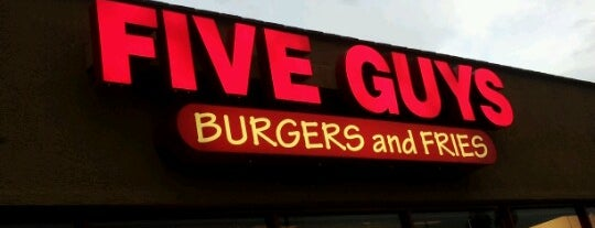 Five Guys is one of Tempat yang Disukai Bob.