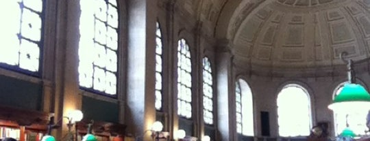 Boston Public Library is one of Boston Must Do.