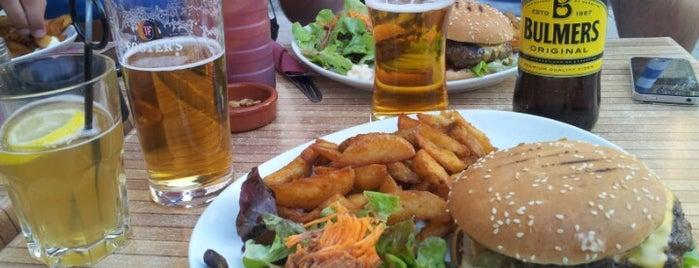 Cambridge Pub is one of Locais salvos de Elodie.