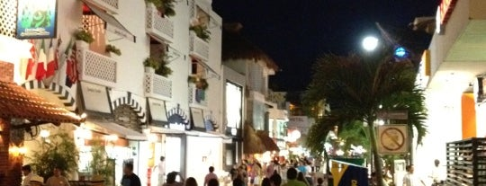 5ª Avenida is one of Playa Del Carmen.