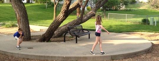 Knoll's Park is one of สถานที่ที่ La-Tica ถูกใจ.
