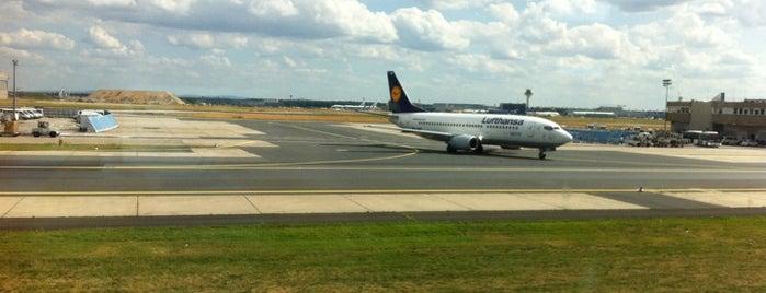 ท่าอากาศยานนานาชาติแฟรงก์เฟิร์ต (FRA) is one of AIRPORT.
