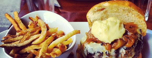 5 Napkin Burger is one of Midtown Lunch.