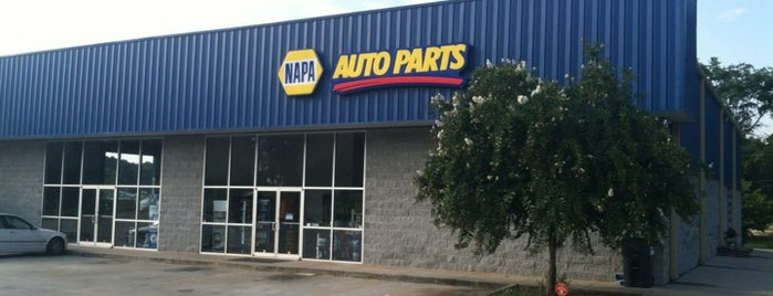 NAPA Auto Parts - Turin is one of kerry 님이 좋아한 장소.