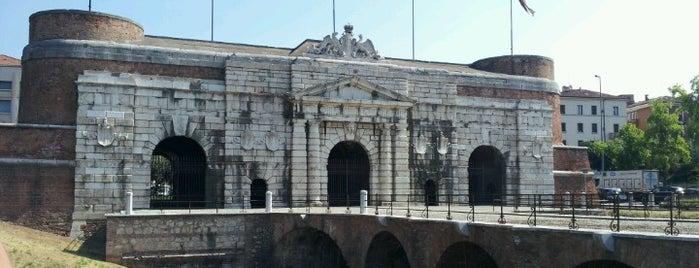 Porta Nuova is one of Verona - da vedere!.