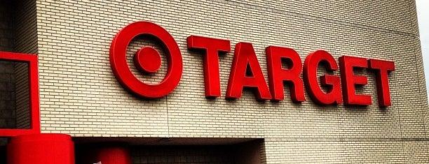 Target is one of สถานที่ที่ Alan ถูกใจ.