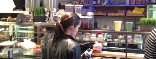 Antonio's Pizzeria is one of cary'ın Beğendiği Mekanlar.