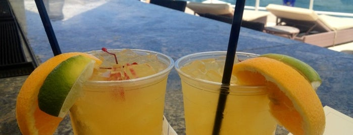 The Ritz-Carlton, Fort Lauderdale is one of Happy Hour #VisitUS.