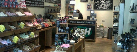 LUSH is one of 'Beauty' winkels in Brussel.