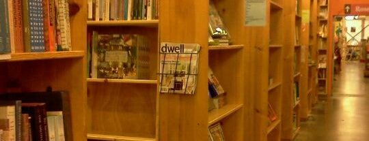Powell's City of Books is one of Best Places to Check out in United States Pt 7.