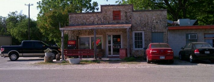 Bracken Store Cafe is one of TM 50 Best Burgers in Texas.