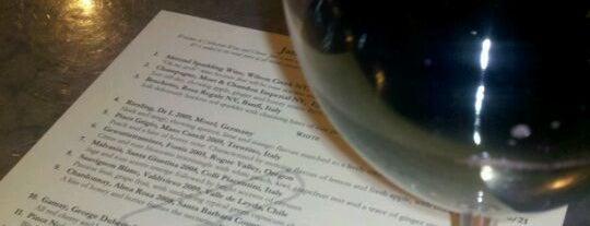 Corkscrew Wine & Cheese is one of Lieux sauvegardés par Dan.