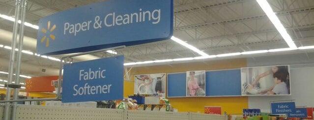 Walmart Supercenter is one of Orte, die Zivit gefallen.
