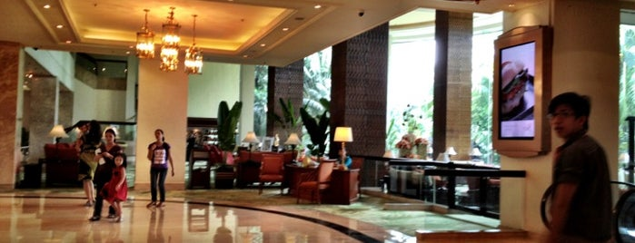 Edsa Shangri-la Hotel Lounge is one of Manila.