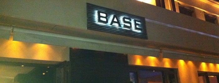Base is one of สถานที่ที่ Demet ถูกใจ.