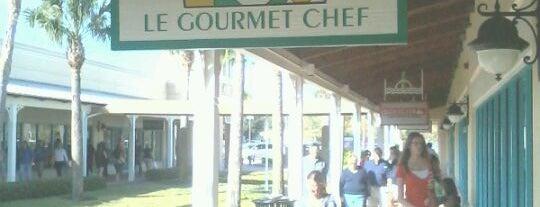 Le Gourmet. Chef is one of Locais curtidos por Model.