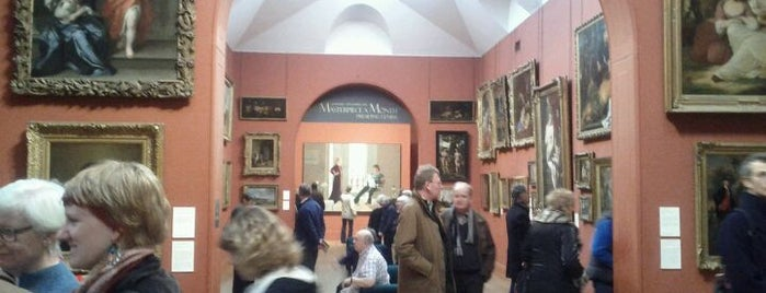 Dulwich Picture Gallery is one of London.