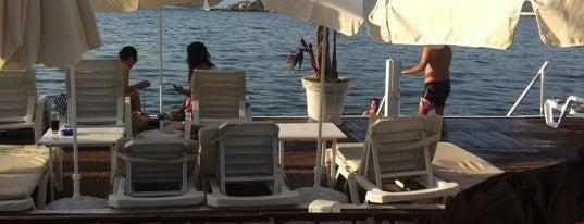 "Jade Beach Club is one of ""Sıcak Temas"" Yaşatan Yerler."
