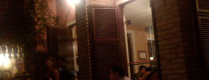 Maria Redonda is one of Bares e Restaurantes.