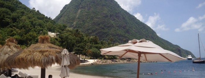 Sugar Beach, A Viceroy Resort is one of Posti che sono piaciuti a Glen.
