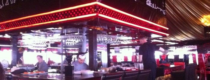 Gloss Cafe is one of Хавка ин да Спб.