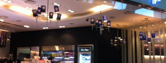 Paris Baguette is one of Arieさんのお気に入りスポット.