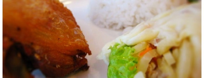 Max's Restaurant is one of Foodspotting Tuguegarao.